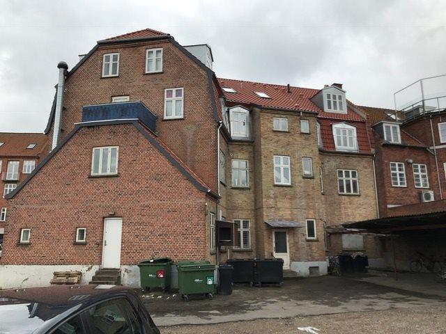 Boligudlejning på Labæk i Holbæk - Bag facade