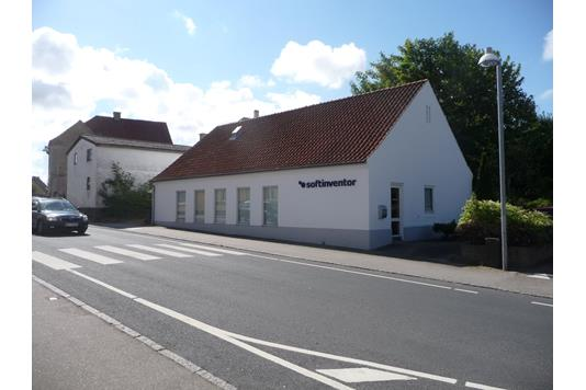 Kontor på Højby Hovedgade i Højby - Ejendommen
