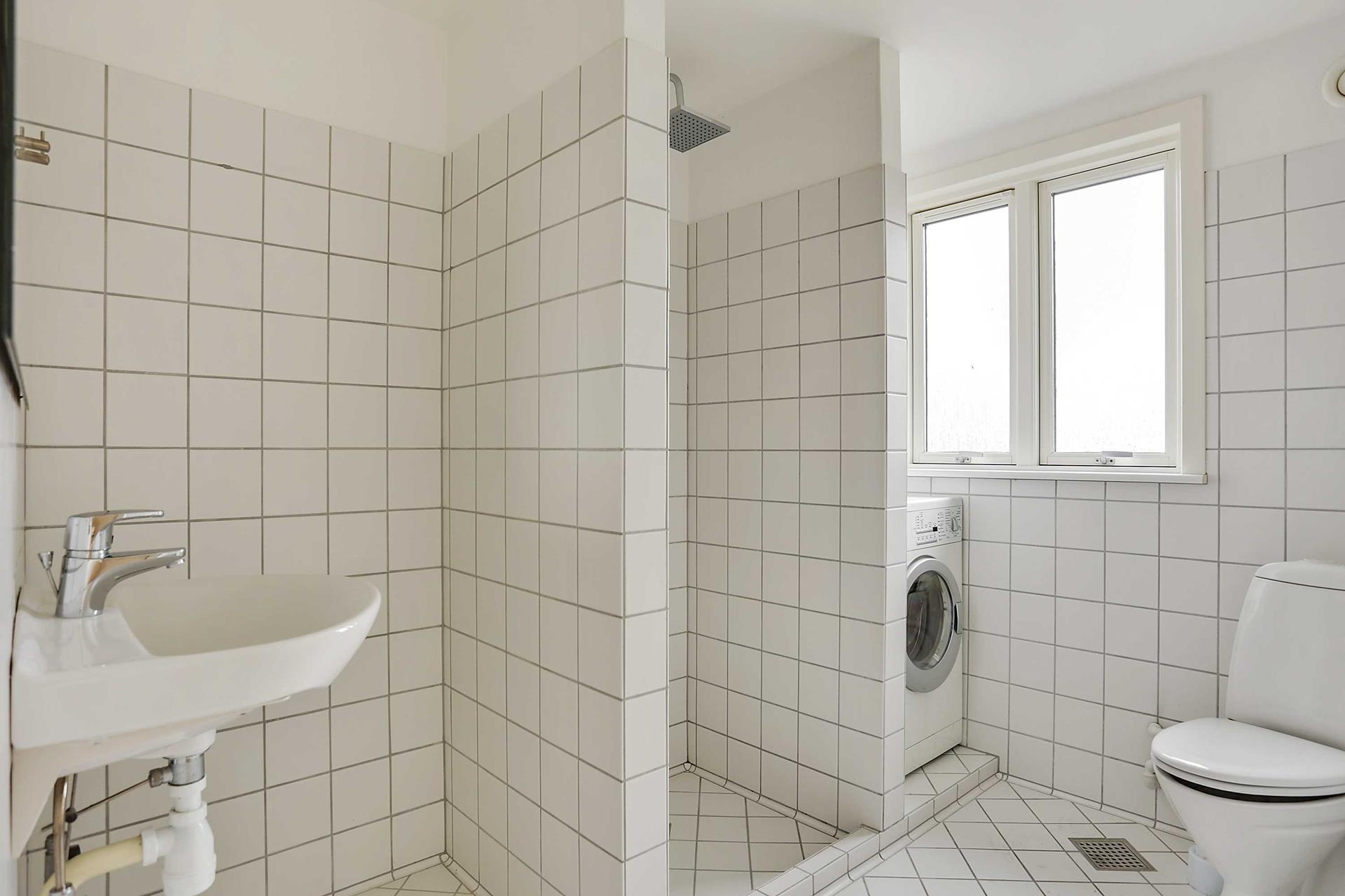 Bolig/erhverv på Vestergade i Stubbekøbing - Badeværelse