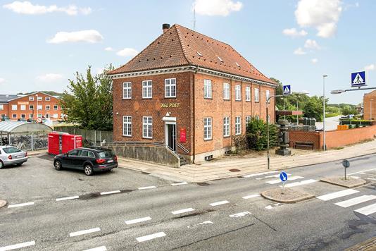 Kontor på Stationspladsen i Haslev - Ejendommen