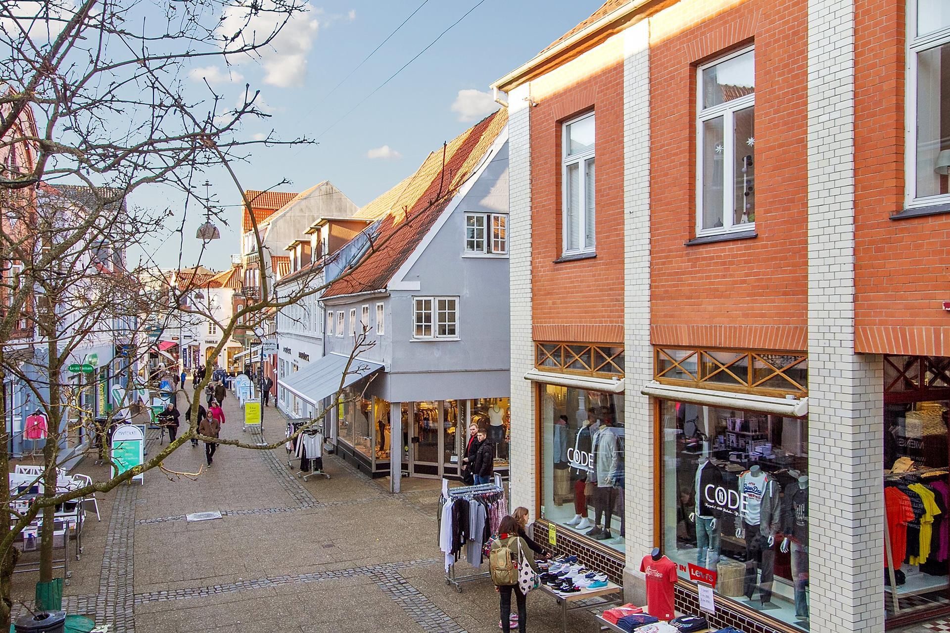 Bolig/erhverv på Bispegade i Haderslev - Gade