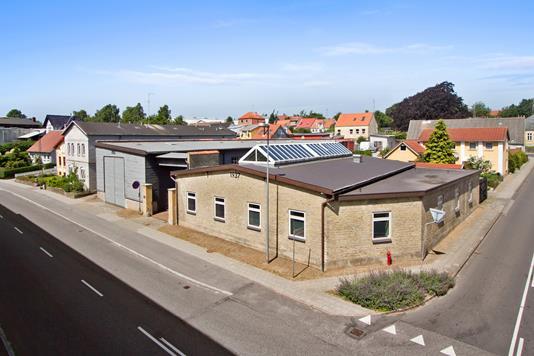 Kontor/lager på Simmerstedvej i Haderslev - Ejendommen