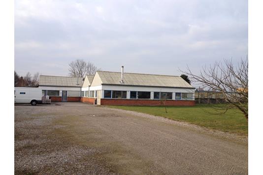 Produktion/lager på Holtvej i Sydals - Facade erhverv