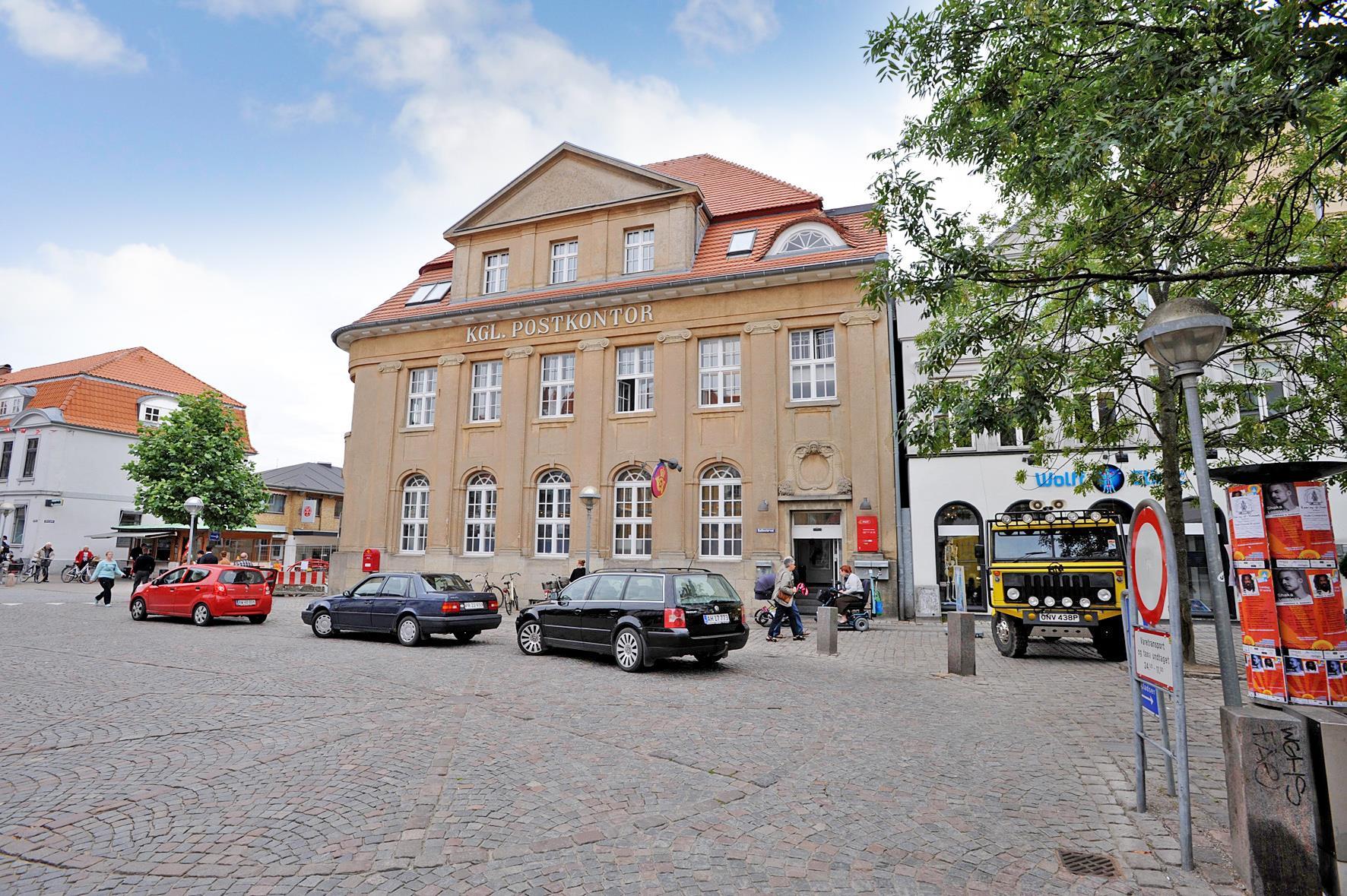 Detail på Rådhustorvet i Sønderborg - Ejendommen