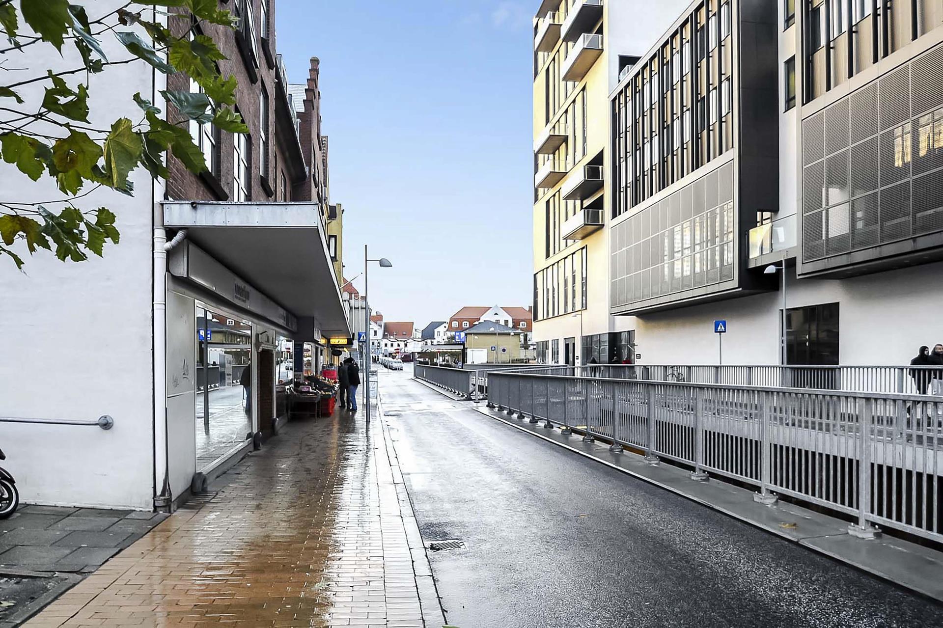 Detail på Østergade i Sønderborg - Set fra vejen