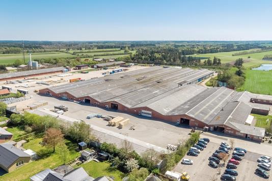 Produktion/lager på Fabriksvej i Tim - Luftfoto