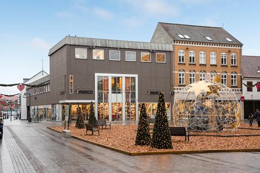 Detail på Store Torv i Holstebro - Ejendommen