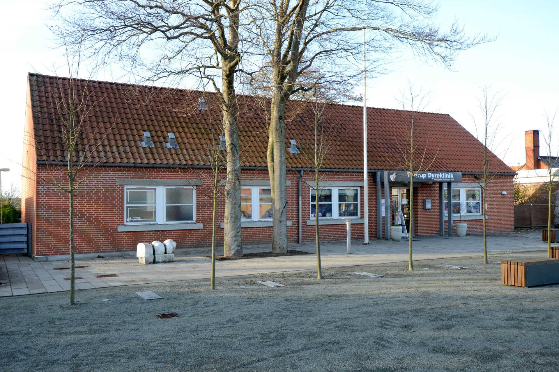 Bolig/erhverv på Torvet i Tistrup - Facade