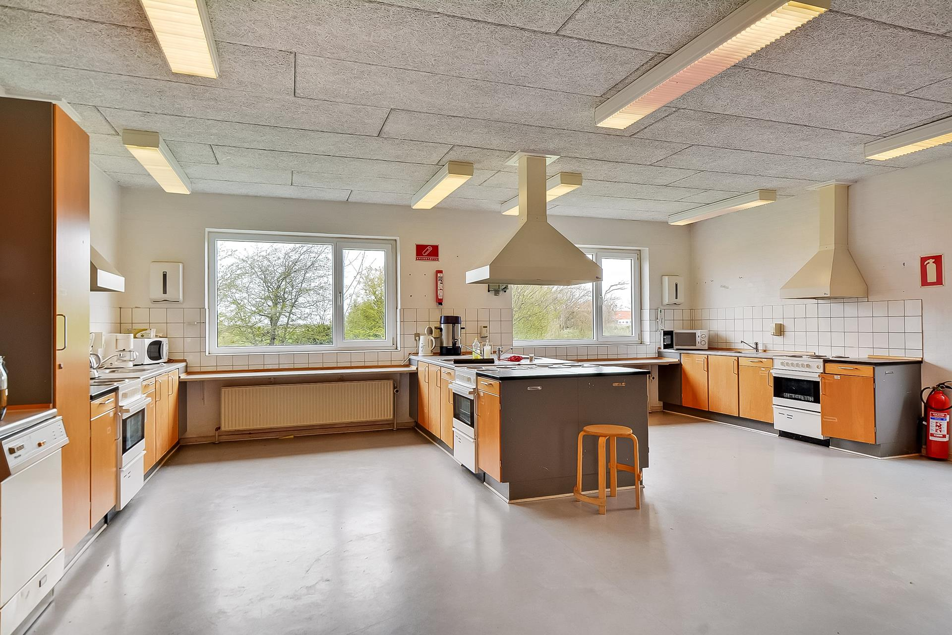 Bolig/erhverv på Skolevej i Skærbæk - Køkken