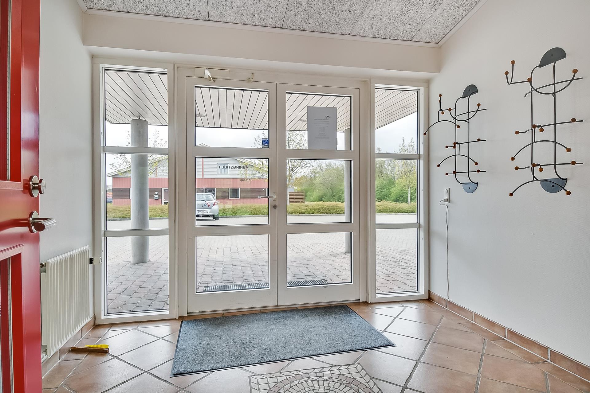Bolig/erhverv på Viaduktvej i Ølgod - Entré