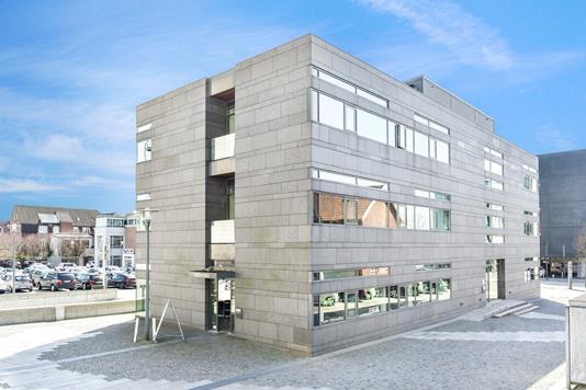 Kontor på Dalgas Plads i Herning - Ejendommen