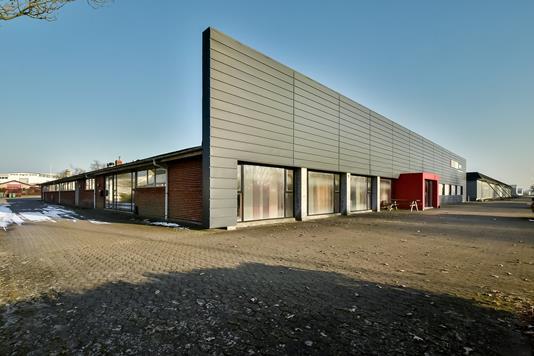 Produktion/lager på Navervej i Ikast - Ejendommen