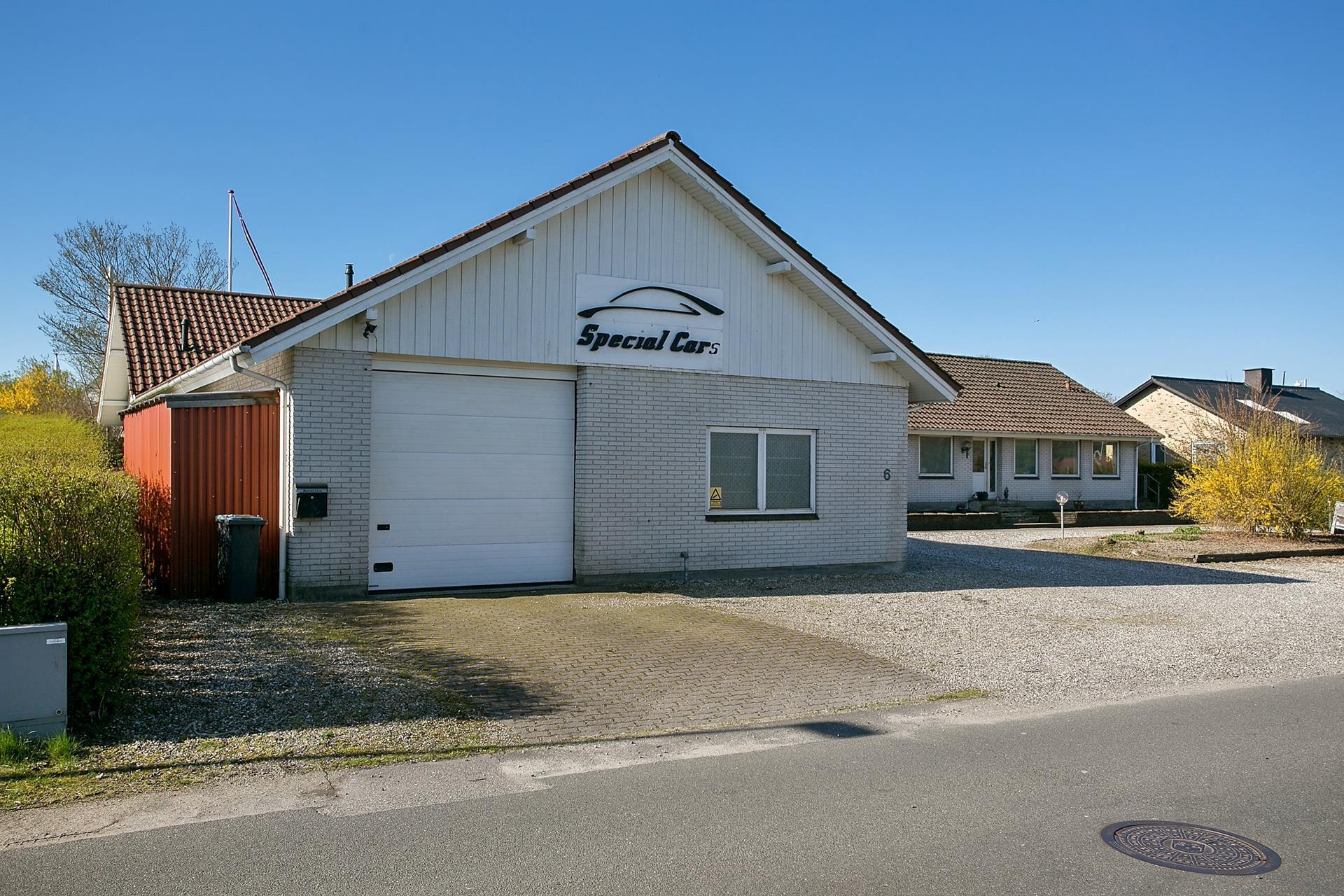 Bolig/erhverv på Hårupvænget i Silkeborg - Ejendommen