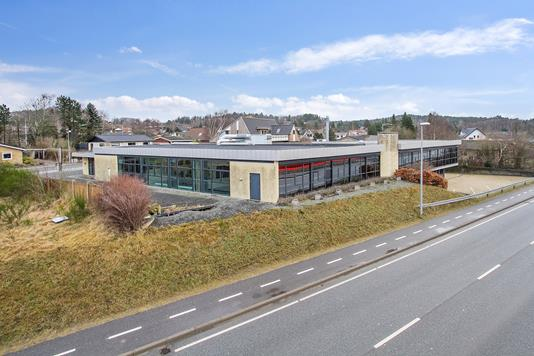 Kontor på Gødvad Bakke i Silkeborg - Set fra vejen
