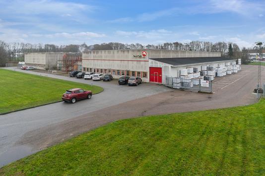 Produktion/lager på Bizonvej i Galten - Facade