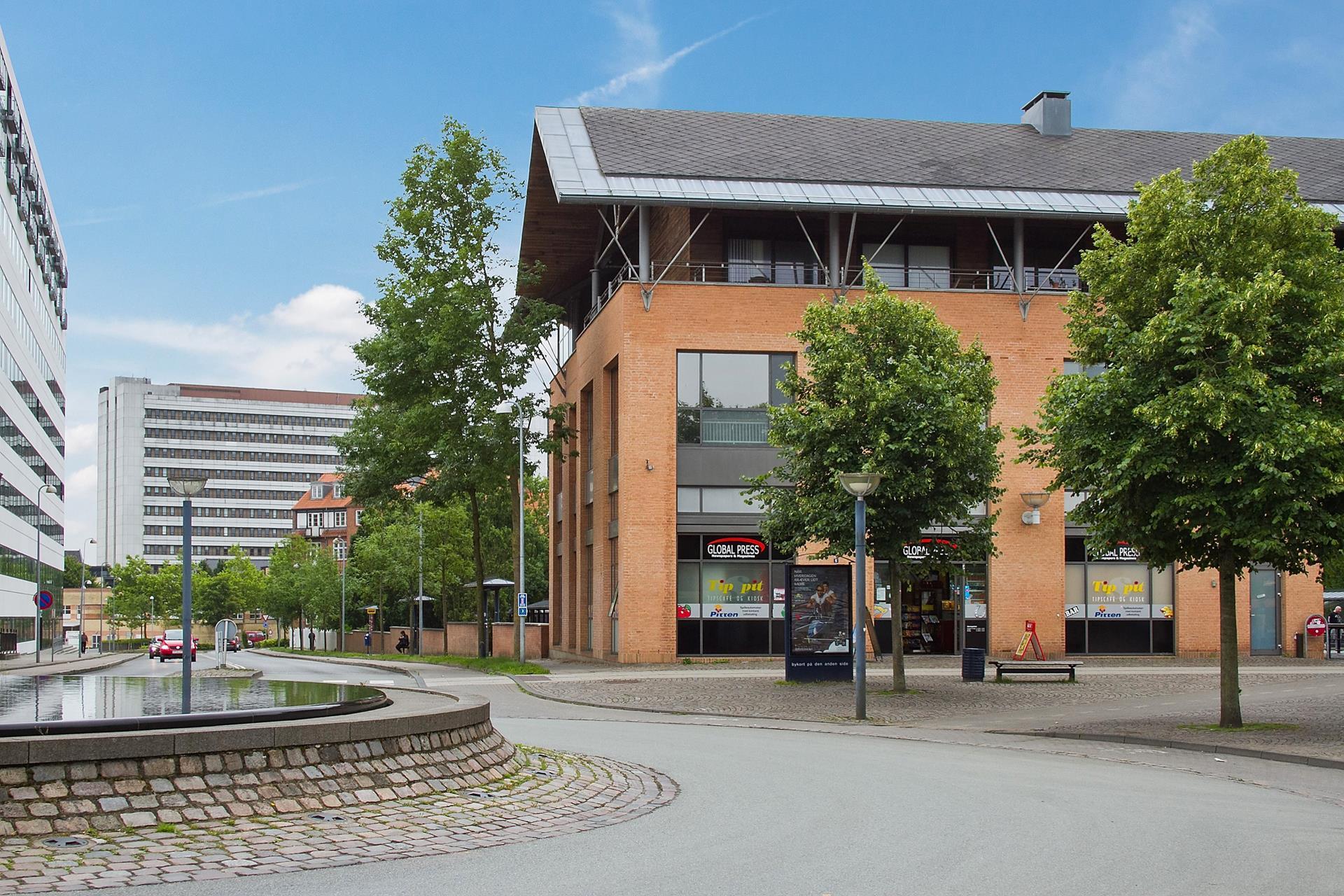 Detail på Banegårdspladsen i Viborg - Facade