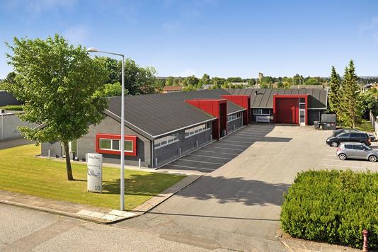 Kontor på Karlskogavej i Aalborg SV - Ejendommen