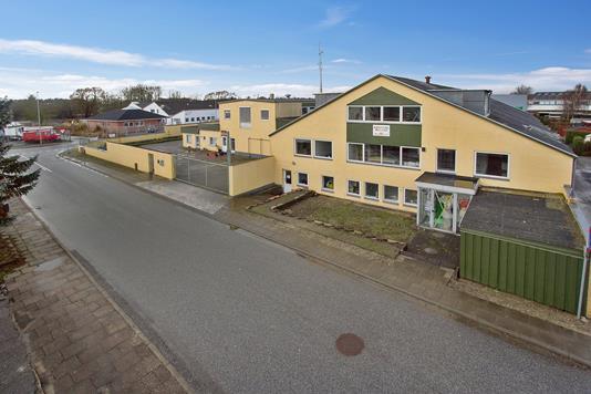 Produktion/lager på Voerbjergvej i Nørresundby - Ejendommen