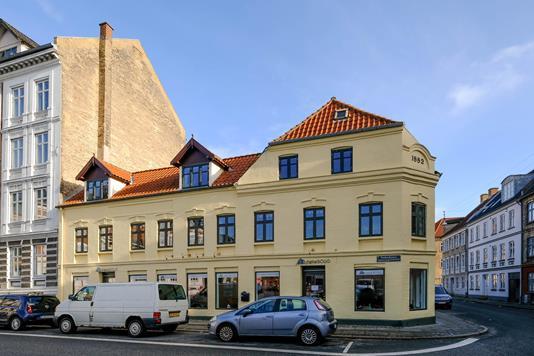 Kontor på Frederikstorv i Aalborg - Ejendommen