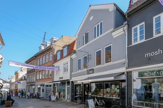 Bolig/erhverv på Gravensgade i Aalborg - Ejendommen