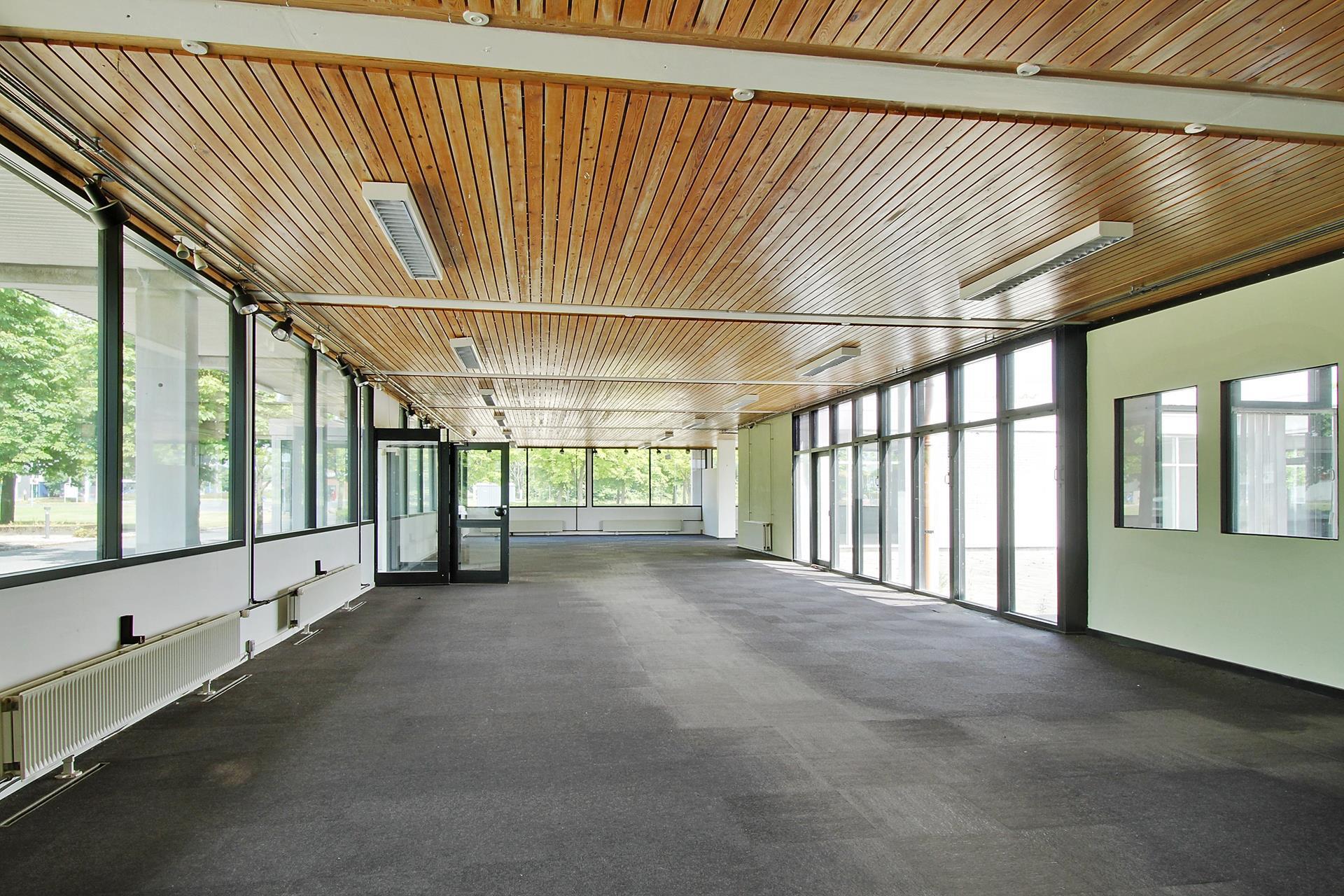 Detail på Hobrovej i Aalborg SV - Butikslokale