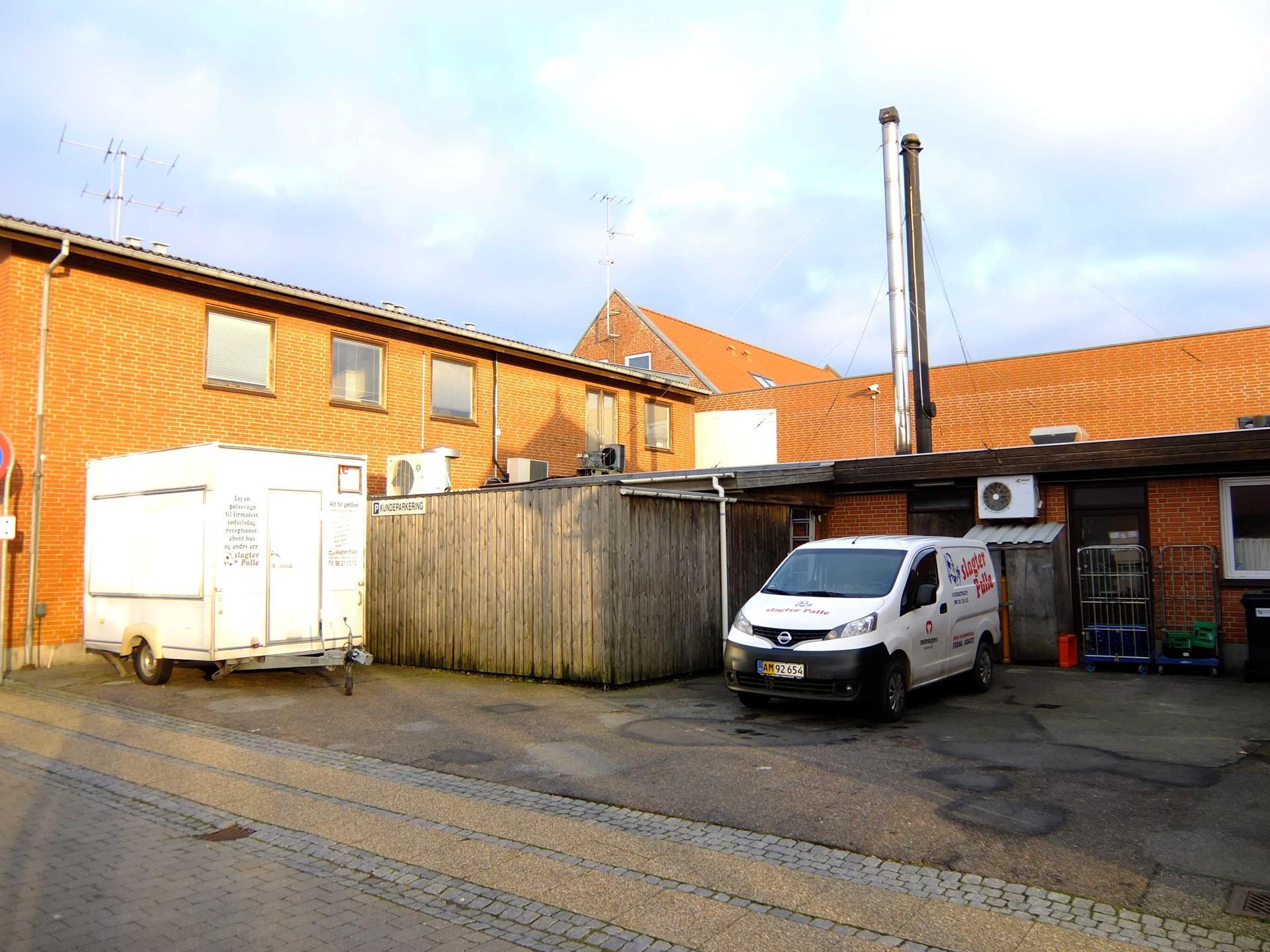 Bolig/erhverv på Østergade i Fjerritslev - Baggård