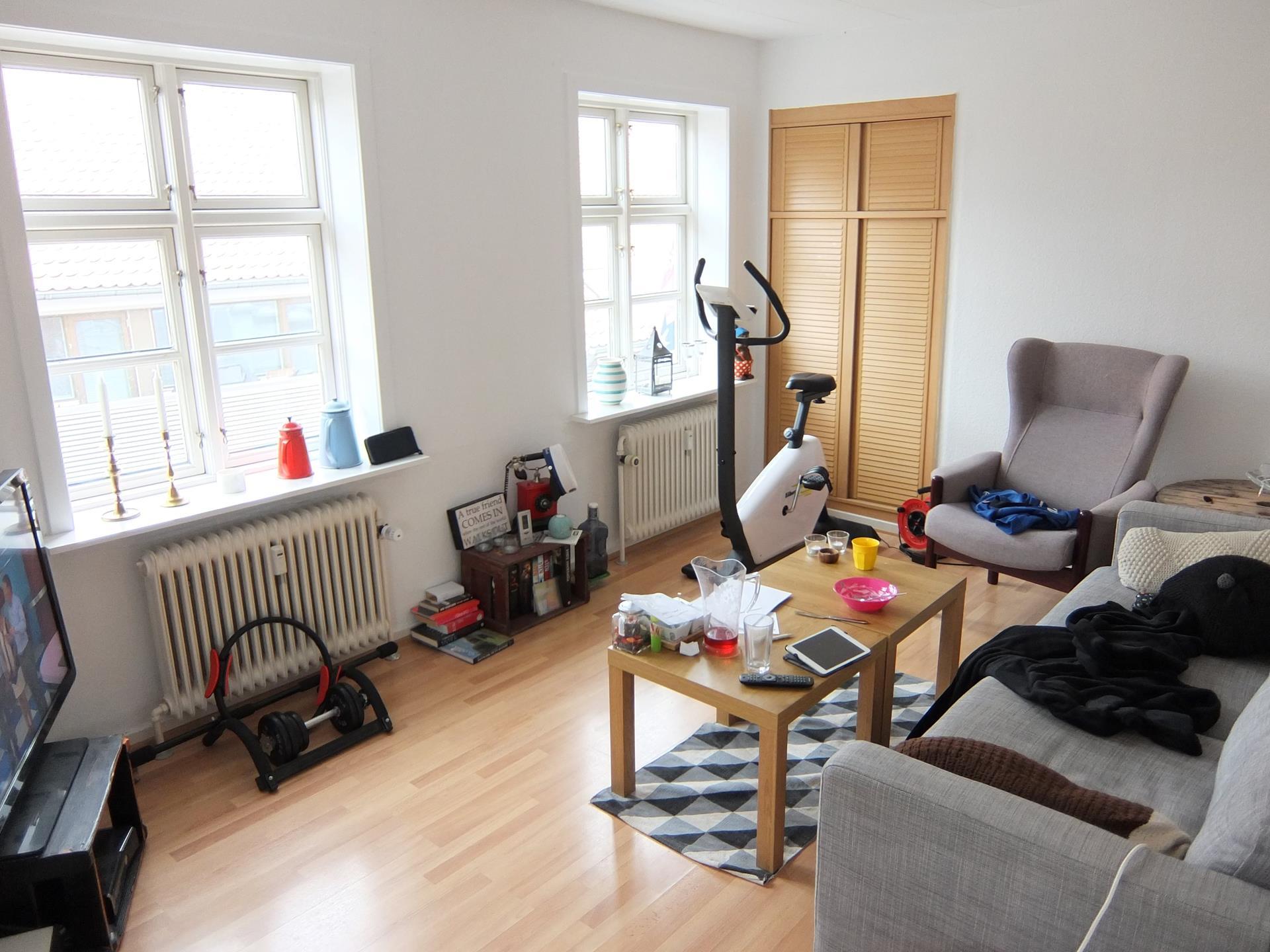 Bolig/erhverv på Vestergade i Sæby - Stue
