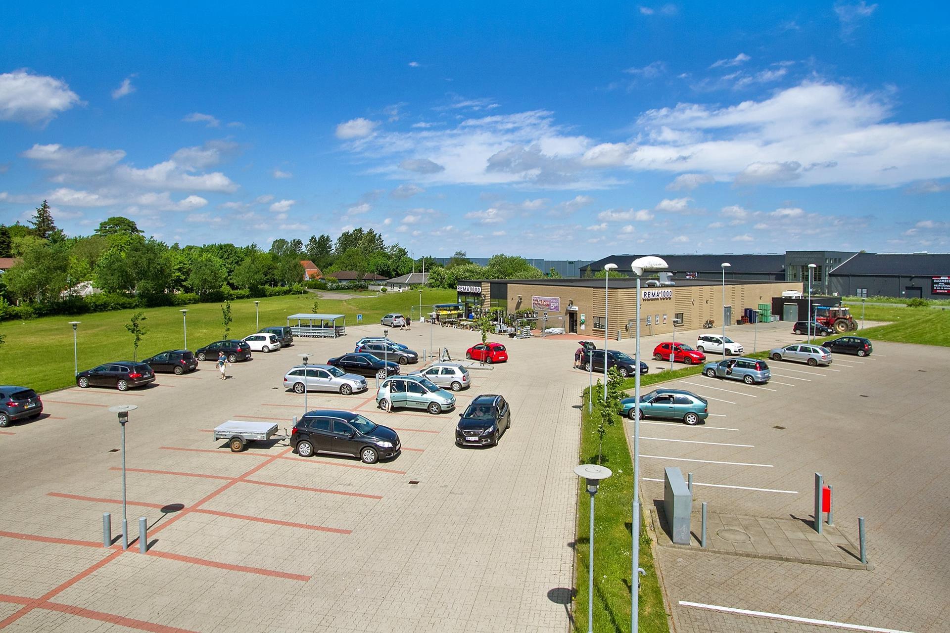 Bolig/erhverv på Østergade i Rødekro - Parkeringsareal