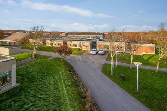 Kontor på Fredrik Bajers Vej i Aalborg Øst - Ejendommen