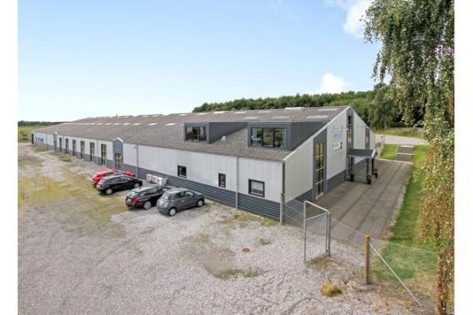 Produktion/lager på Grenåvej i Skødstrup - Ejendommen