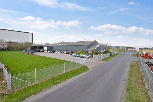 Produktion/lager på Lollandsvej i Randers SV - Ejendommen