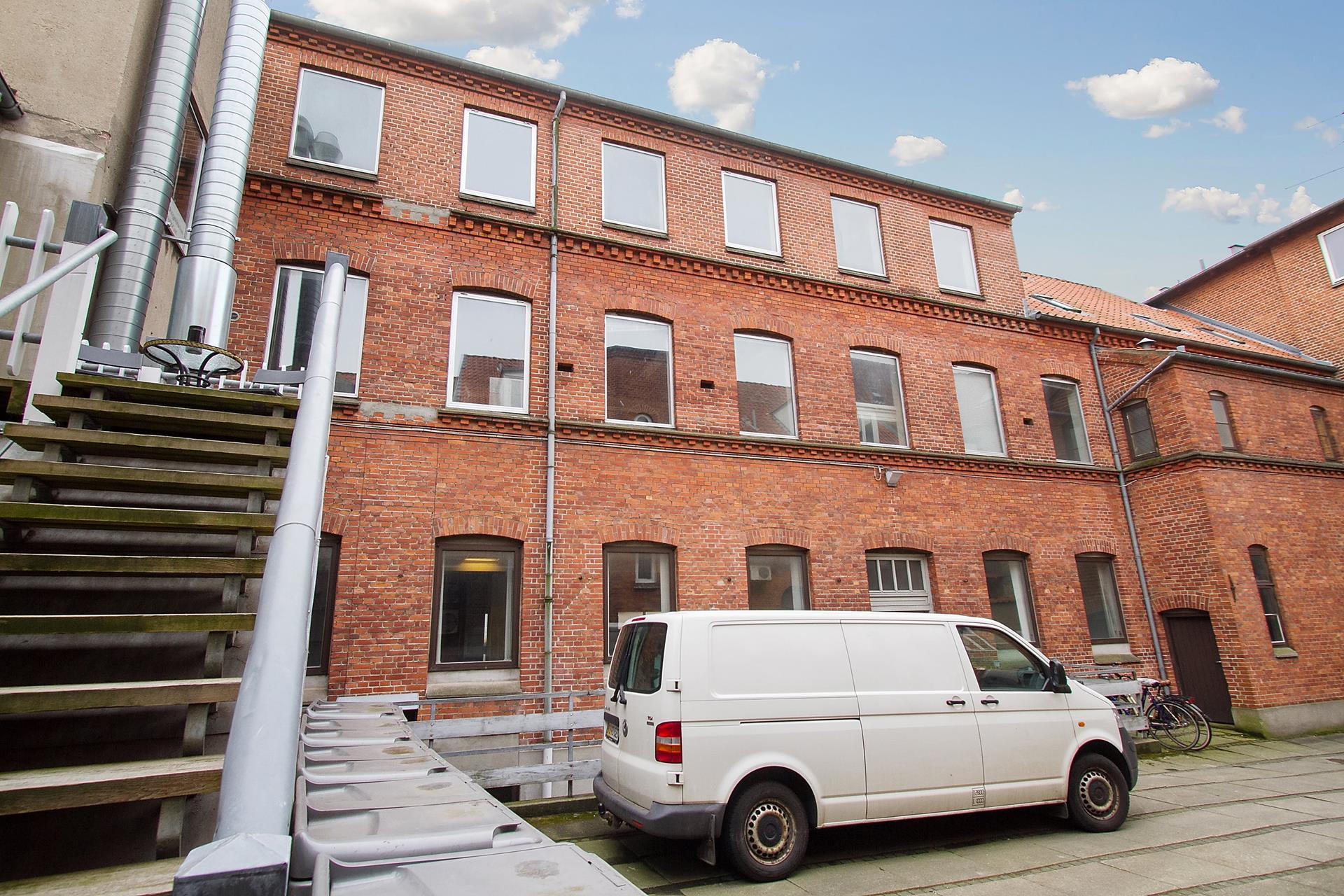 Bolig/erhverv på Rådhustorvet i Randers C - Bag facade