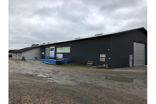 Produktion/lager på Lundagervej i Løsning - Andet