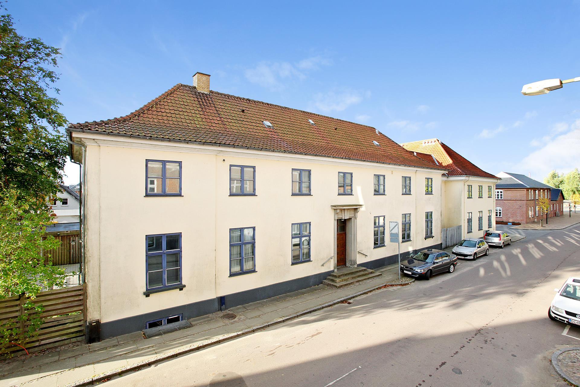 Bolig/erhverv på Jernbanegade i Brædstrup - Mastefoto