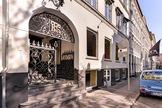 Restauration på Valkendorfsgade i København K - Ejendommen