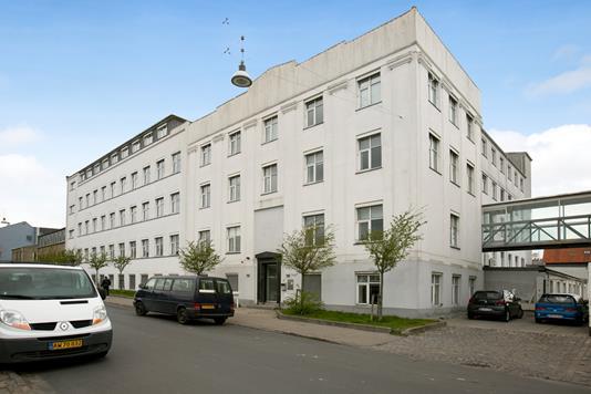 Kontor på Rentemestervej i København NV - Ejendommen