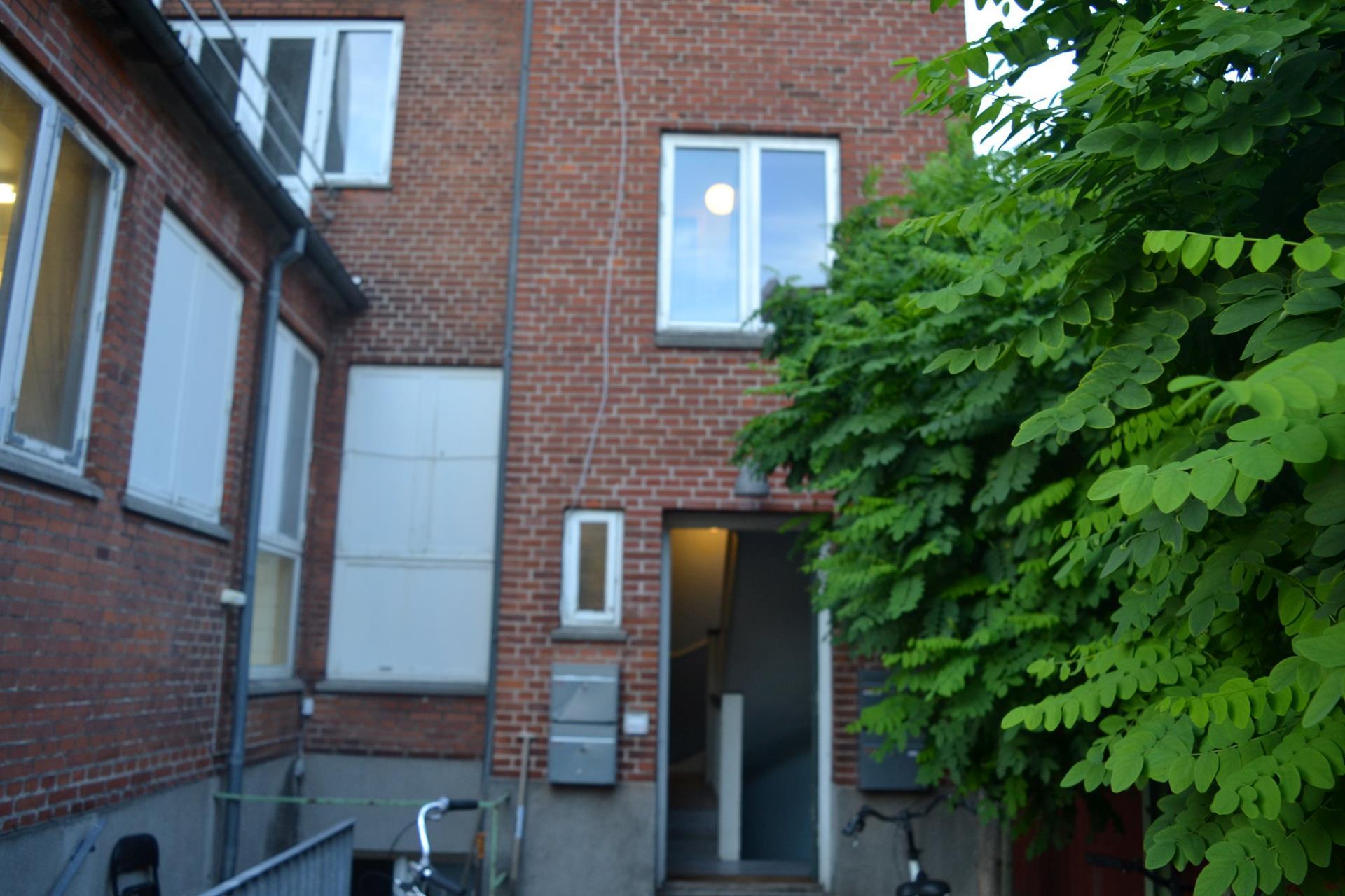 Boligudlejning på Vesterbro i Odense C - Bag facade