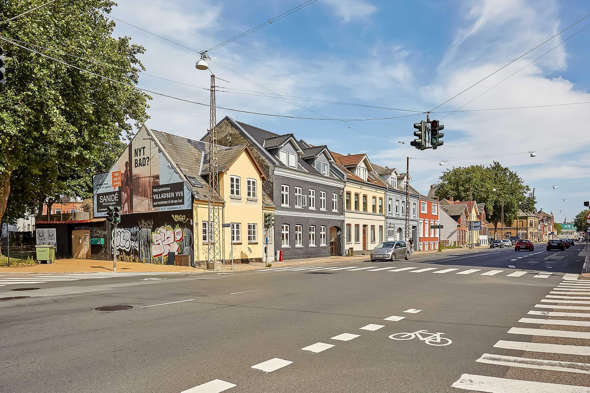 Boligudlejning på Vesterbro i Odense C - Set fra vejen