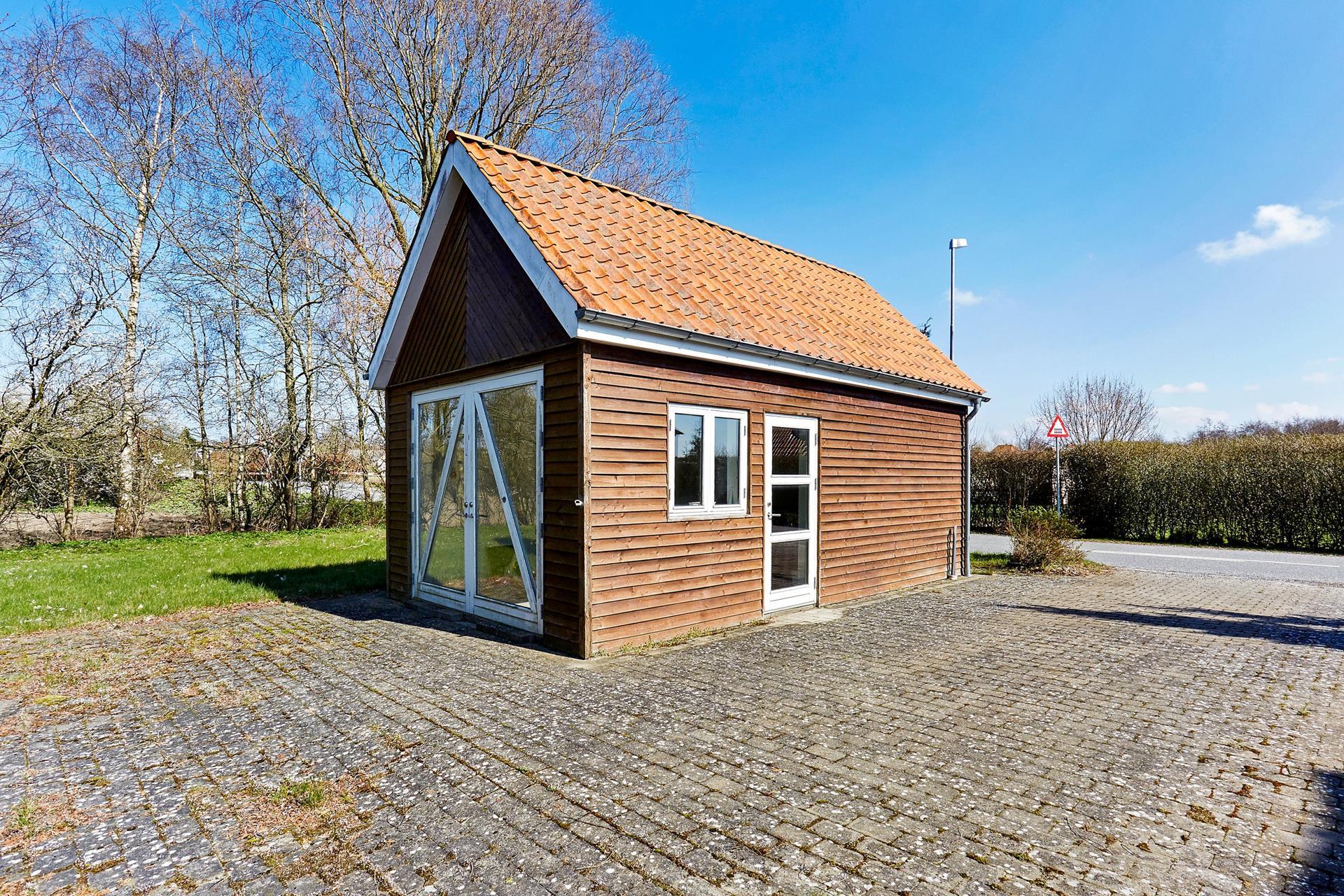Boligudlejning på Hedevej i Stenstrup - Garage
