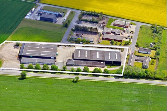 Produktion/lager på Nørrevang i Årslev - Luftfoto