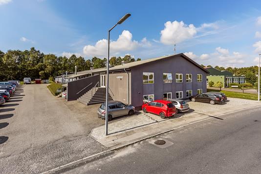 Produktion/lager på Hans Egedes Vej i Odense NV - Mastefoto