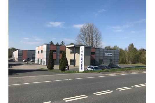 Produktion/lager på Odensevej i Langeskov - Facade