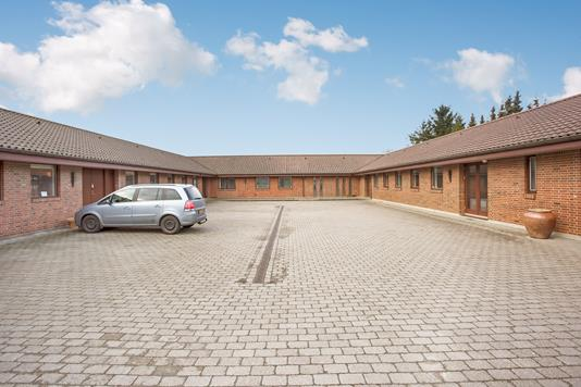 Kontor på Thujavej i Odense SV - Facade