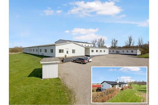 Produktion/lager på Holmevej i Haarby - Facade