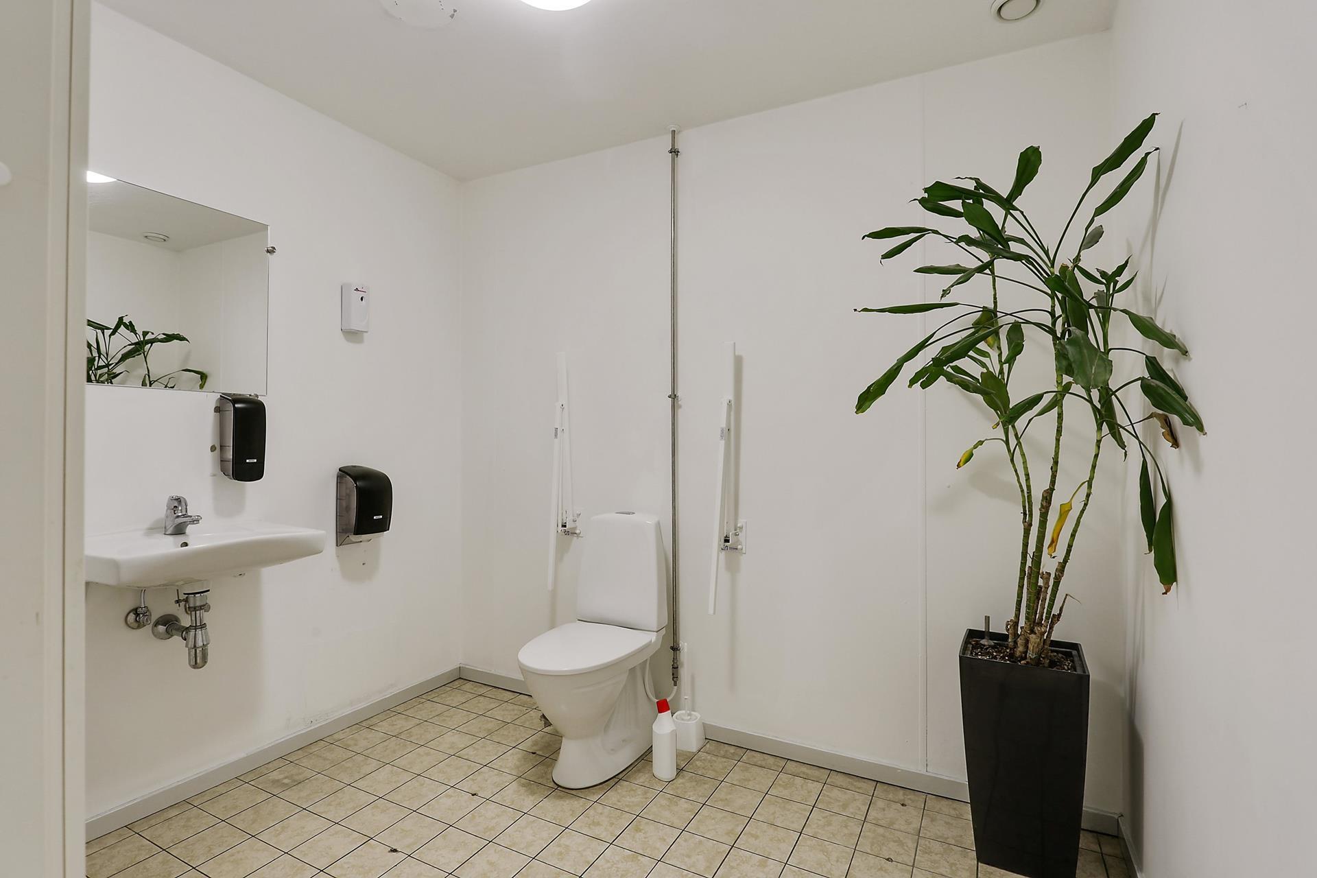 Bolig/erhverv på Vestergade i Køge - Toilet