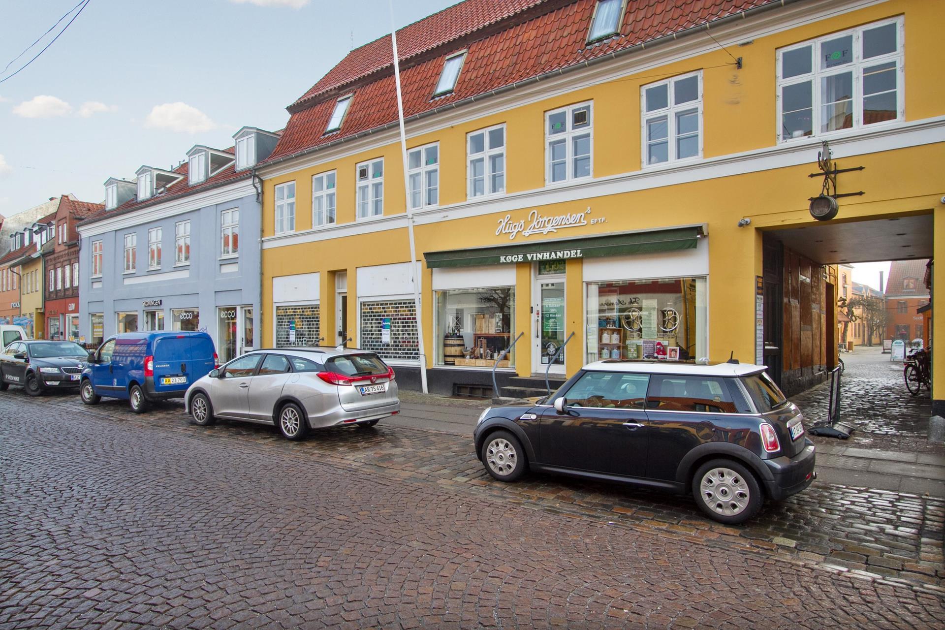 Detail på Brogade i Køge - Ejendommen